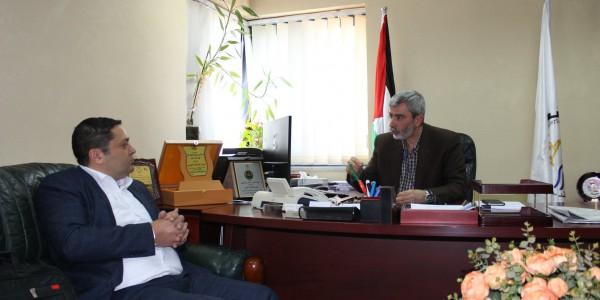 مصلحة مياه محافظة القدس تستقبل مدير عام شبكة راية الاعلامية