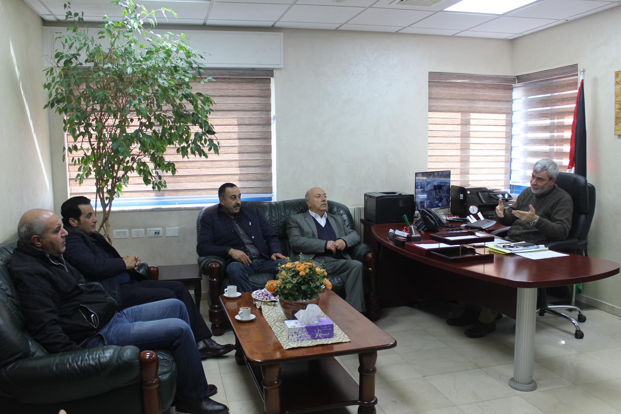 وفد من مديرية عمل محافظة رام الله والبيرة يزور مصلحة مياه محافظة القدس